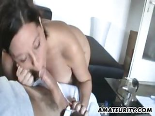 Chubby amateur housewife homemade fuck pretend