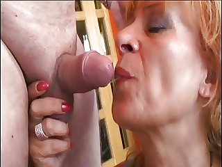 Mature cleaning sprog needs a cock