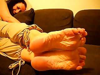 Mature French Woman XXX Wrinkled Soles
