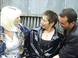 FRENCH MATURE n1 hot anal mammy milf beside a man