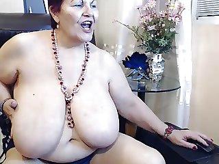 dance big boobs mature
