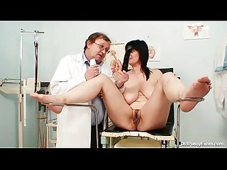 Beamy pair plump milf Zora hairy pussy inspection