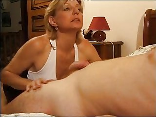 Charming kirmess mature 1