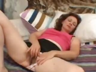 Hairy Untrained Mature Milf Masturbating Her Old Vagina Demilf.com