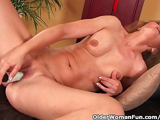 Doyen Widely applicable With Small Breasts And Hot Multitude Masturbates