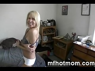 My best friends hot mom spending time with me - mfhotmom.com